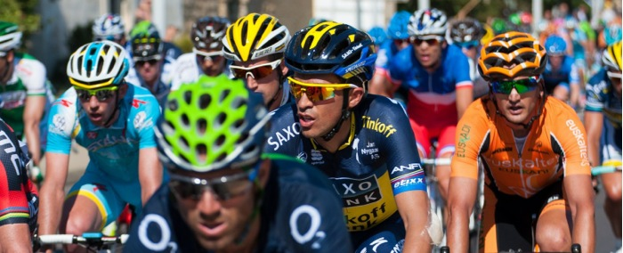 Bike helmets in the peloton - Tour de France 2013