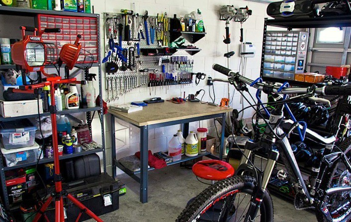 Home bicycle workshop