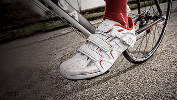 Read '10 tips to choosing the right cycling shoes'