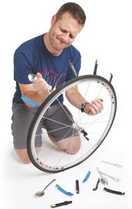 Teaspoon tire lever