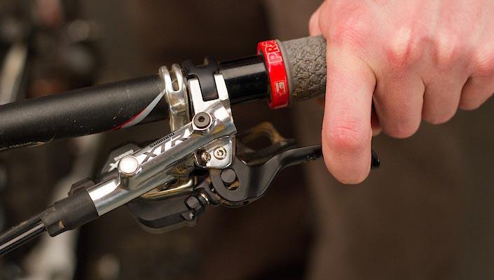 brake lever position