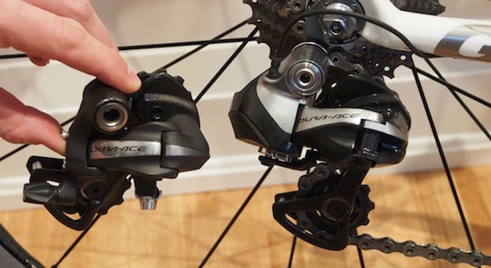 Dura-Ace mechanical and electronic rear derailleurs