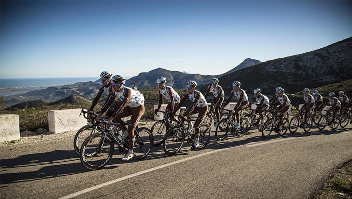 AG2R La Mondiale use SRAM groupsets and components - SRAM road groupset roundup 2015