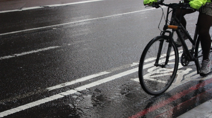 wet weather cycling