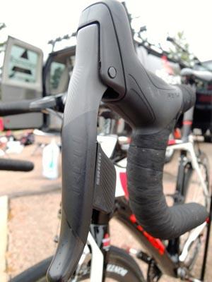 SRAM RED eTap brake/shift lever