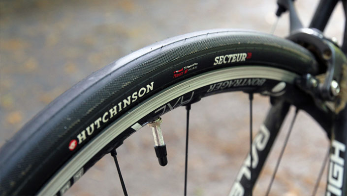 Wide Tire Hutchinson Sector 8
