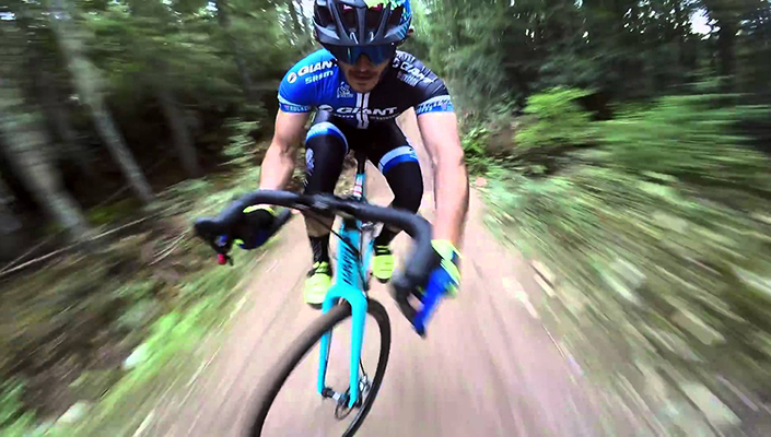 Yoann Barelli takes on Whistler A-Line on a cyclocross bike - but which MTB should he use?