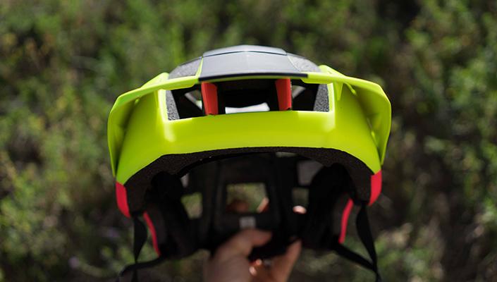 Front Vents on Fox Metah Helmet