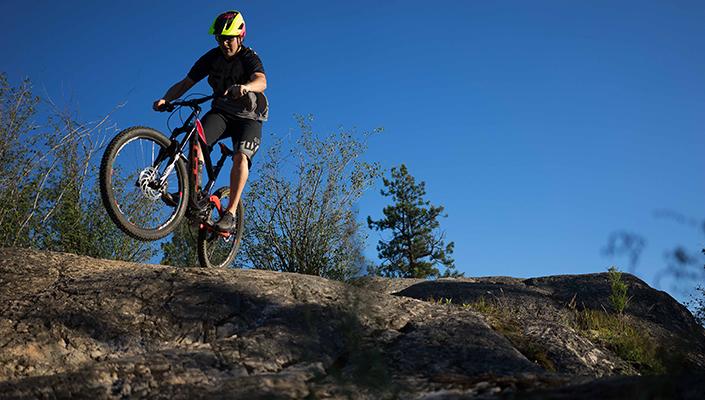 Fox Metah helmet Rock Wheelie