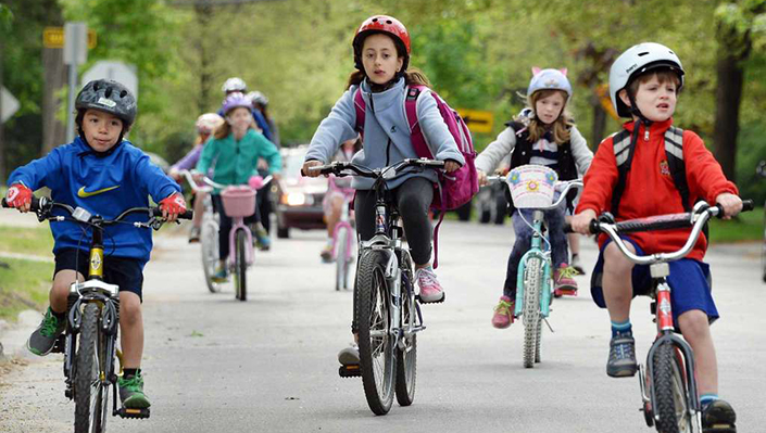 Kids cycle-commuting to school
