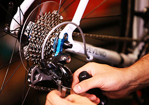 Bicycle gear adjust repair