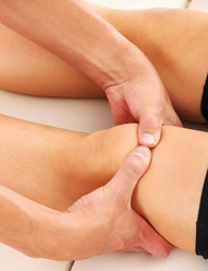 Massage focused on the knee