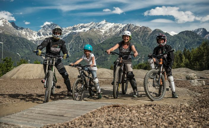 Get the whole family involved at the bike park - via bikepark-sfl.at