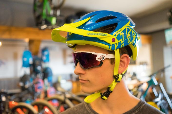 Helmet fit for Oakley Jawbreaker PRIZM Road sunglasses