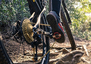 Clipless bike shoes and pedals for mountain biking
