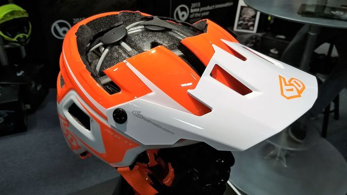 6D ATB-1T EVO Trail helmet cut-away