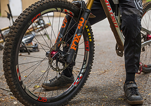Greg Minnaar's 29 inch V-10 from Santa Cruz