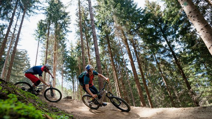 Mountain Biking for Advanced Riders: 5 Amazing Techniques to Master. photo: Lukas Pilz/Red Bull Content Pool