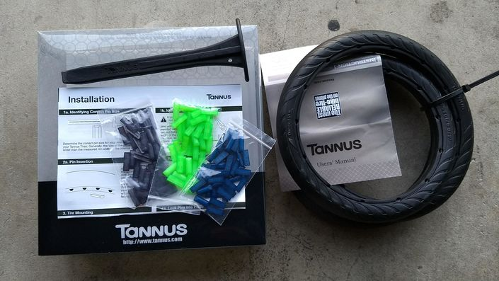 In the Box - Tannus Airless Tires