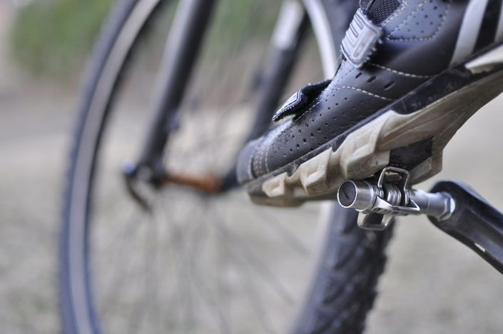 Clipping In - Using clipless shoes and pedals for cycling